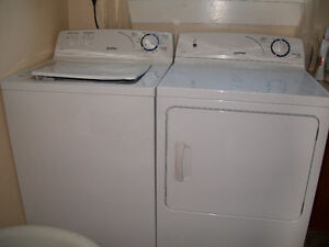 Moffat washer and dryer set