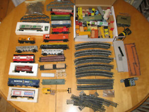 Large Lot HO Gauge Railroad Cars, Tracks and Extras