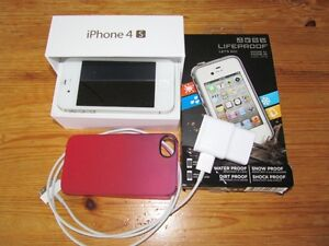 iPhone4swith waterproof case