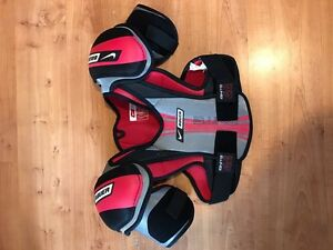 Bauer Shoulder Pads