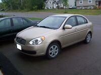 2009 Hyundai Accent Sedan-fully equipped-new condition