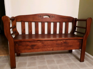 Pine wood bench with storage moving need to sell!!!
