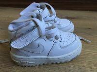 Nike kids size 5