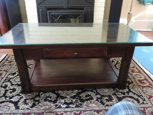 For Sale - Coffe Table & End table with glass tops