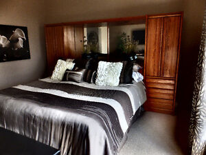 KING SIZE BEDROOM GROUP