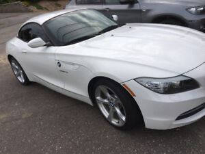 2013 bmw z4 incredible condition,only 60,000km,Navigation,red in