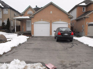 Double Car Garage House For Rent In South Barrie