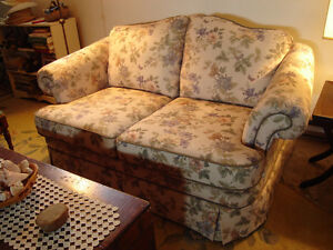 Quality Love Seat