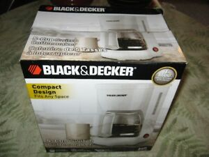 Black and decker 5 cup coffee maker and 2 permanent filters