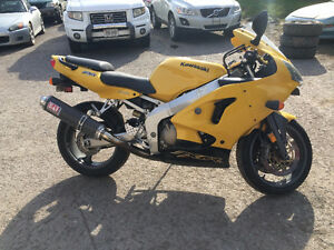 EXCELLENT CONDITION - ZX6R