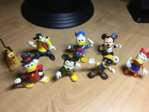 Ensemble de 8 figurines de DISNEY