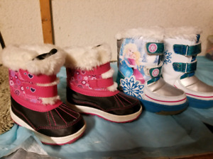 Snow boots toddler girl size 8