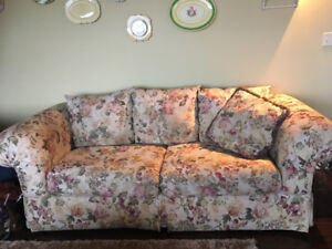 Shabby chic couch and 2 matching chairs