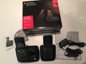 MOTOROLA DECT 6.0 2-handset phone & digital answering machine