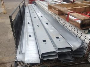 """CLOISON METALIQUE 2x6 x 14'6"""" pour faire mur industriel commerci"""