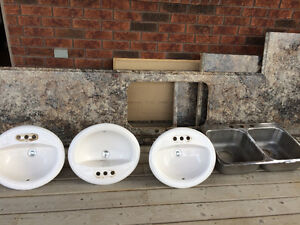 3 bathroom sinks, kitchen sink, and counter tops for sale Windsor Region Ontario image 1