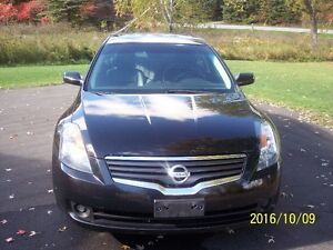 2009 Nissan Altima 2.5 SL Sedan TECH PACKAGE