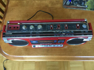 Radio cassette , am fm Toshiba, made in Japan