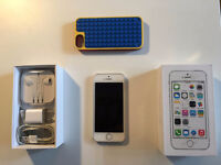 IPHONE 5S 16GB SILVER + screen protector + LEGO case