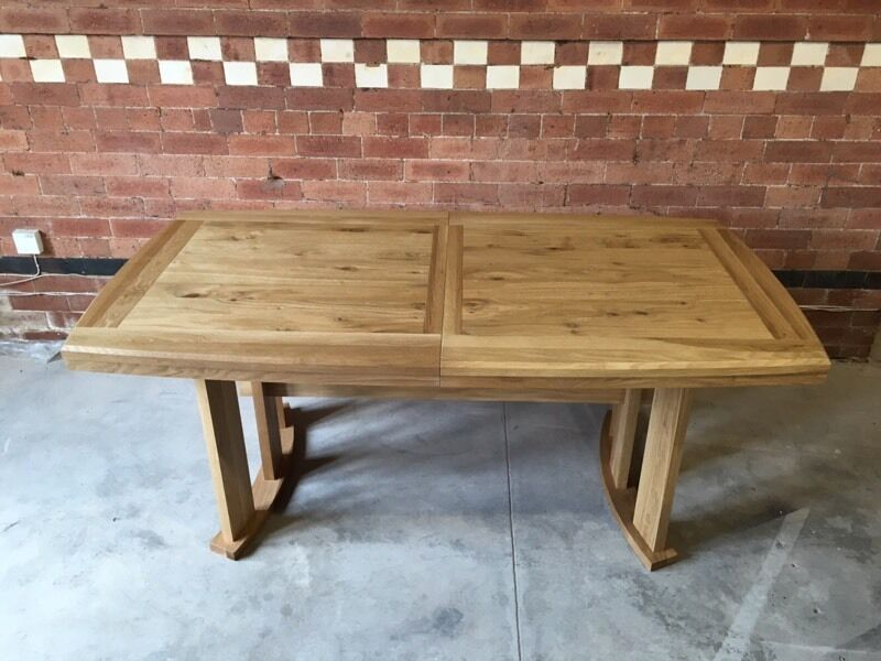 John Lewis Burford Extending 6 8 Seater Dining Table in  : 86 from www.gumtree.com size 800 x 600 jpeg 69kB