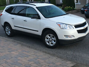 2010 Chevrolet Traverse LS - 8 passagers- VUS