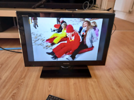 22 inch Toshiba HD LCD TV with Freeview