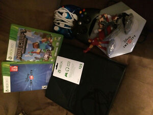 Xbox 360 plus games and gift card