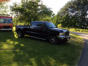 2004 Ford F-350 Lariat Pickup Truck DULLY