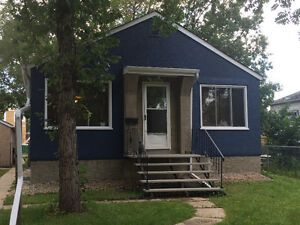 Fully Furnished! Available immediately! Close to NAIT/Downtown!
