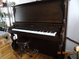 WOW piano antique impeccable