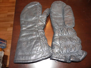 EXTRA LONG LEATHER MITTENS