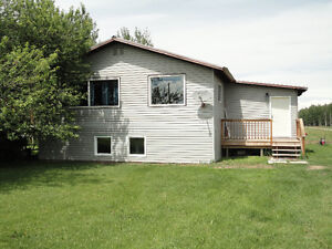 1200 square foot farm house with a couple acres for rent