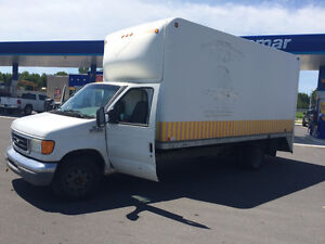 2006 Ford CTV cube E-450, 6.0 L  Diesel  18,5 pieds