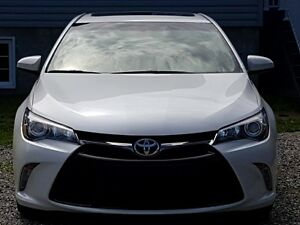 2015 toyota camry xse premium package 4cyl seulement 12000km