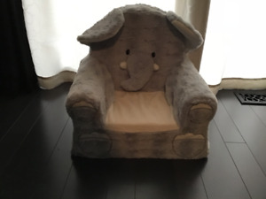 Plushie childs chair