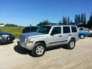 2006 Jeep Commander Limited. 4 inch lift. $8, 995.