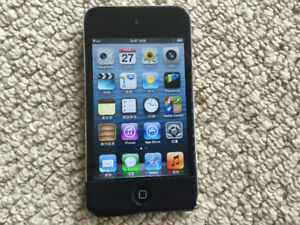 iPod 4th 8GB with 600 Songs