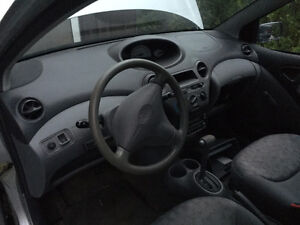 2002 Toyota Echo Full PART OUT 1NZ-FE 280 000km Silver Stratford Kitchener Area image 6