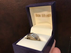 Men's 10kt White Gold Ring Size 7