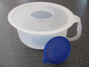 12 Cup Tupperware Mixing Bowl Cornwall Ontario image 2