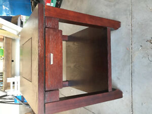 Coffee table / matching end table set