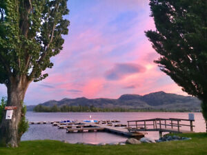 Beautiful Spacious Osoyoos Holiday Town Home August 25-29