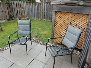 set of 4 matching patio chairs