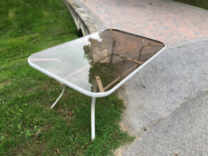 Patio Table and Lounger - Great Shape