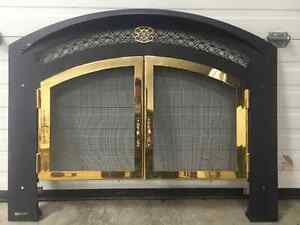 High end gas fireplace