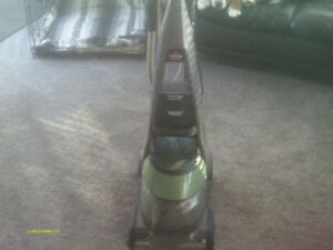 Cleans Rugs/Stairs/Chairs and Couches Bissell Shampooer