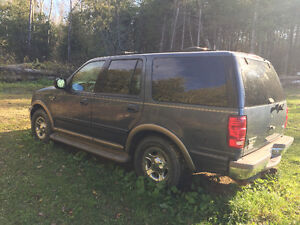 2000 Ford Expedition Eddie Bauer SUV, Crossover Kawartha Lakes Peterborough Area image 1