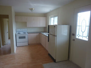 Orleans Upper duplex newly renovated