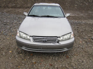 2001 Toyota Camry ** FOR PARTS ** INSIDE & OUTSIDE***