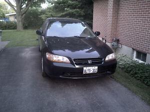 2000 Honda Accord SUN ROOF Sedan as is